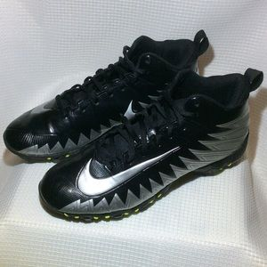 Men's Nike Alpha Football Cleats 878122-001